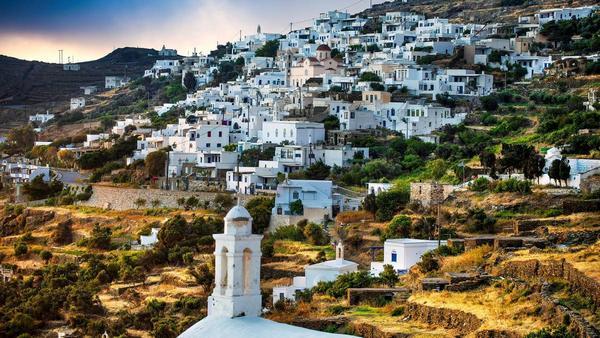 Tinos Grecia Insula Ghid