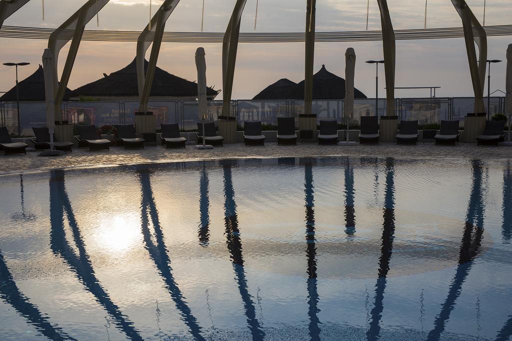 Vega Hotel piscina