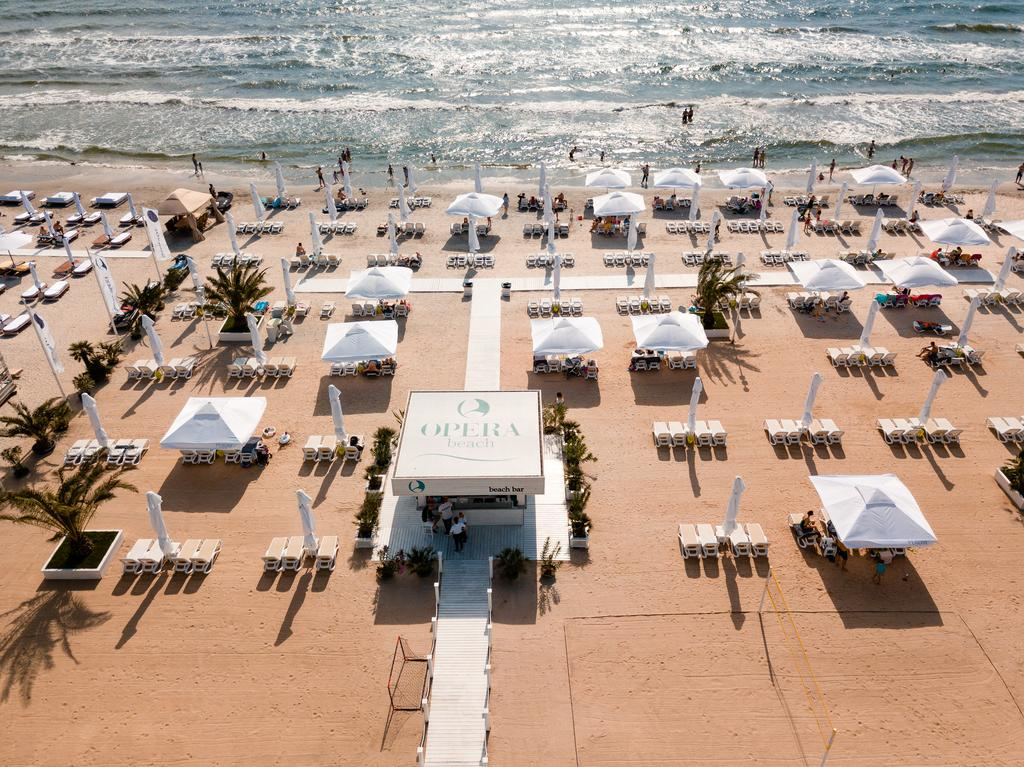 hotel opera mamaia plaja