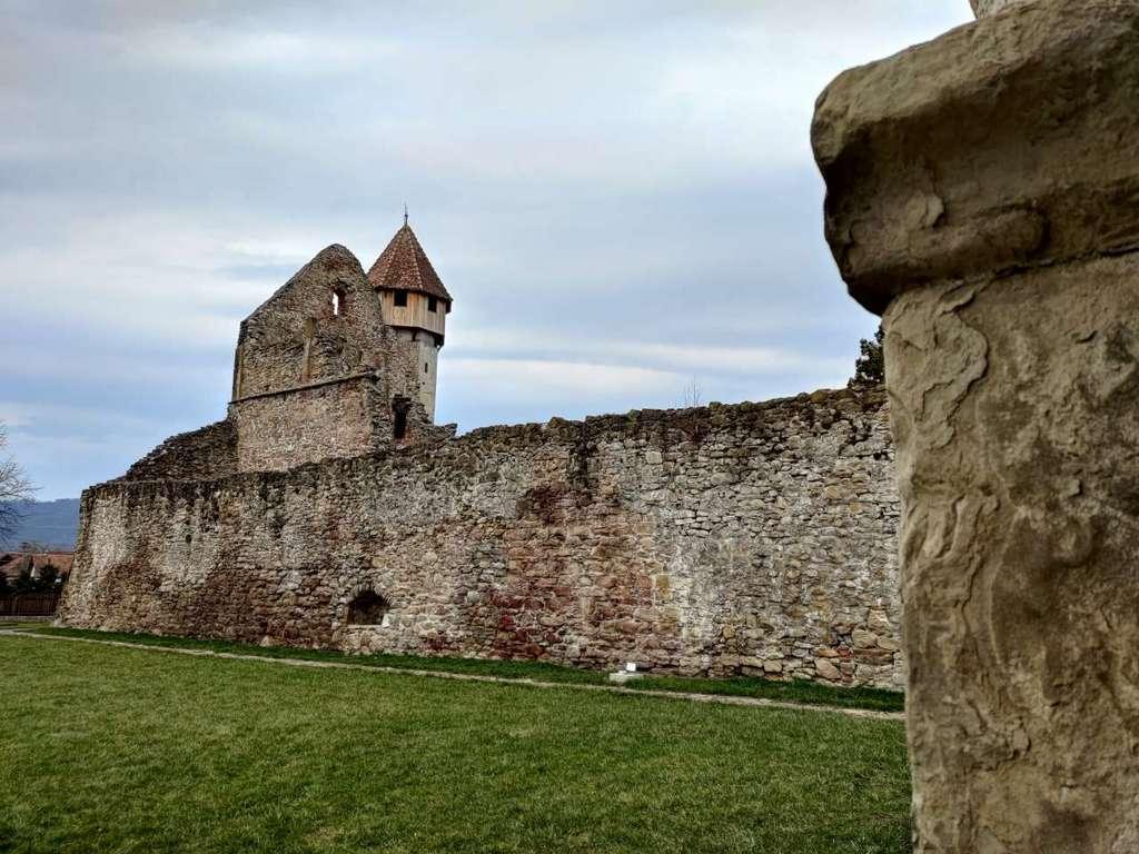 Trebuie Sa Ajungi Neaparat Aici Abatia Cisterciana Carta 2